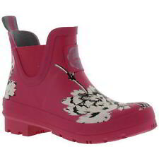 Flat (less than 0.5') Pull On Floral Boots for Women