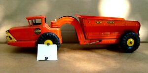 1950 s NY-Toy Hydraulic Dump Truck (SG item#9)