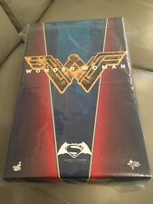 Hot Toys Batman V Superman Wonder Woman 1/6 Figure