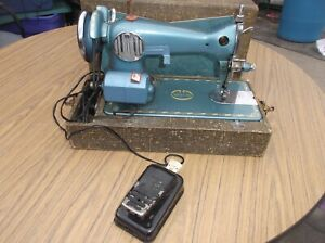 Morse Deluxe 200 Sewing Machine with Foot Pedal
