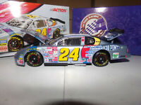 1/24 JEFF GORDON #24 DUPONT / NASCAR 2000 ACTION NASCAR DIECAST