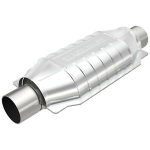 """Magnaflow 94005 Universal High-Flow Catalytic Converter Oval 2.25"""" In/Out"""