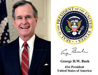 41ST PRESIDENT OF THE USA GEORGE HW BUSH WITH PRESIDENTIAL SEAL PUBLICITY PHOTO
