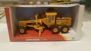 ERTL 15039 John Deere 772CH Grader 1:50 Scale NIB