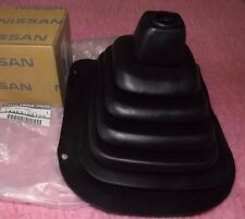 NISSAN PATROL GQ GEARSTICK SHIFTER LEVER RUBBER BOOT  BRAND NEW AND GENUINE