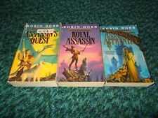 ROBIN HOBB~ COMPLETE~FARSEER~TRILOGY~3 PAPERBACK BOOK COLLECTION
