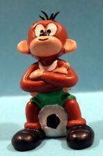 Figurine BULLYLAND - Singe avec ballon - Latex - 6 cm