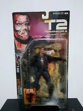 McFARLANE TERMINATOR 2 JUDGMENT DAY T-800 WITH MOVIE MANIACS  2001 ACTION FIGURE
