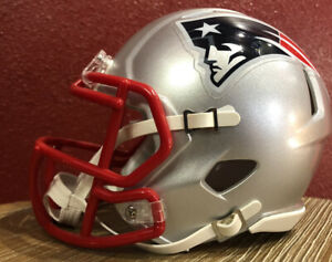 NFL Throwback New England Patriots Riddell Mini Speed Football Helmet & Facemask