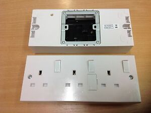 Triple Converter Socket 1 to 3 Gang Double to Triple Electric 13 Amp Plug Outlet