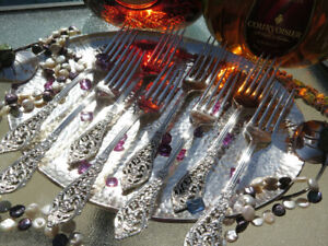 ONE RARE DINNER FLORENTINE LACE FORK STERLING SILVER REED BARTON FLATWARE HEAVY