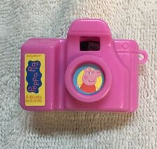 Peppa Pig Picture Clicking Mini Camera Keychain Shows 8 Different Pics