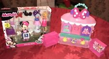 Disney Minnie Mouse Sparkle 'N Spin Fashion Bow-Tique & Paris Chic Playset