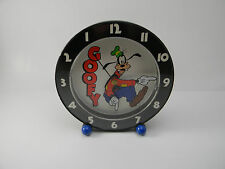 RARE VINTAGE DISNEY GOOFY CLOCK W/Backwards Hands WORKS