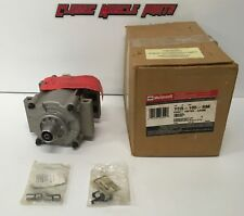 NOS 00 01 02 Ford Focus A/C Compressor YCR-105 F5RZ-19V703-CA OEM