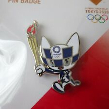 2020 Tokyo Olympic Official Mascot Badges Blue Torch runner