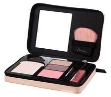 Guerlain Les couleurs La Petite Robe Noire Maquillaje Palette Conjunto de Regalo Con Brillo Labial