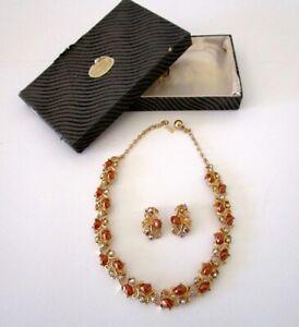 Beautiful vintage 1960s Goldtone Barcs Australia Necklace & Earrings Set