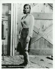 JAMES BOND 007 SEAN CONNERY HONOR BLACKMAN GOLDFINGER 1964 VINTAGE PHOTO #2
