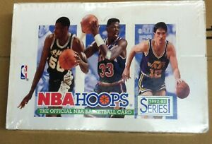NBA Hoops 1992-1993 basketball trading cards series 1