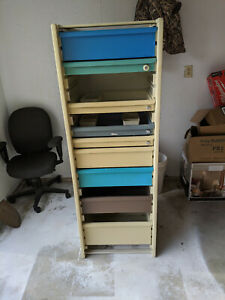 VINTAGE 80'S HERMAN MILLER COSTRUC CABINET EXCELLENT SHAPE WITH DRAWERS DIVIDERS