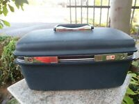 VINTAGE Samsonite Blue Train Hard Case Suitcase Luggage Make Up w/ Mirror