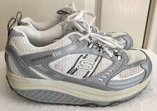 Damen Skechers Shape Ups 11814 silber weiß Muskelaufbau Walking Schuhe Größe 7 EUR 37