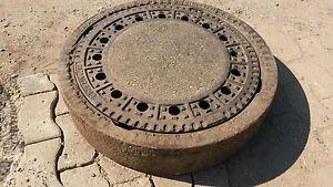 Kanal Gully Deckel mit oder ohne Schacht Ring Feuerplatz Feuerschale gebraucht