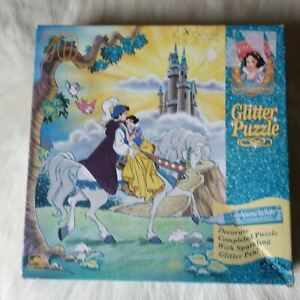 SNOW WHITE AND THE SEVEN DWARFS Glitter Jigsaw Puzzle 70 Pieces Disney
