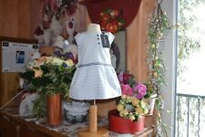 robe neuve cyrillus 9 mois doublee blanche bleu rose tres estivale