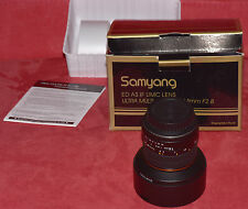 Ultra Grand Angle SAMYANG 14mm F 2.8 pour CANON EF avec chip MF Focus Manuel