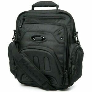 NEW OAKLEY Vertical Messenger 2.0 Bag Blackout - 921125-02E Laptop Bag