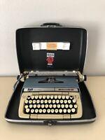 Vintage Smith Corona CLASSIC 12 Manual Portable Typewriter w/ Case