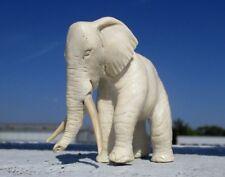 Elefant aus Elch - Horn geschnitzt  !