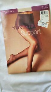 Nordstrom Pantyhose Control Panty Light Support Sheer Toe 25 DEN Bone Sz C