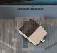 STAR WARS  VEHICLE PART REPUBLIC ATTACK SHUTTLE BATTERY COVER
