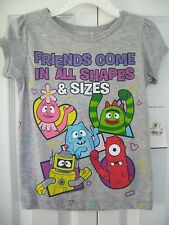 Girls Mini Fine Gray T-Shirt Top Friends Come In All Shapes & Sizes Size 3T NWT