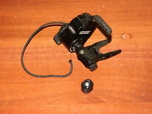 Used Mathews Ultrarest Integrated MX QAD- Black - Bow Rest- LEFT Handed