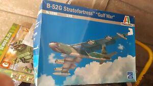 Italeri  1/72 B 52G Gulf War complete