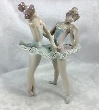 Lladro 5497 Dress Rehearsal Ballet Girls Ballerinas Dancing Pair Porcelain Lace