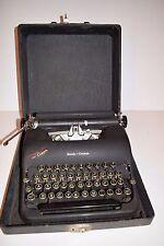 Vintage 1940's L.C. Smith/Smith Corona Clipper Manual Typewriter w/Case