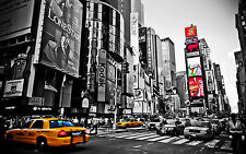 """NEW YORK CITY BLACK AND WHITE With Colour Large Canvas Print  A1 30"""" x 20"""""""