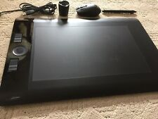 Wacom Intuos4 Large Tablet PTK-840 Wireless Mouse + Grip PEN, Pristine Beautiful