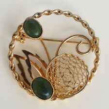 Vintage gold tone round shape floral design with green jade pin brooch Lot 70D