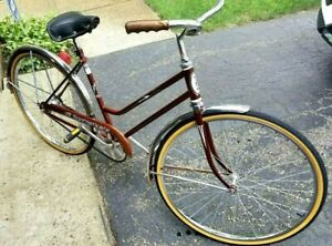 """Vista Sophisticate Vintage Collectable 1 Speed 26""""Tires- Lady's Bike-CIRCA-1970s"""