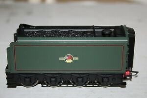 HORNBY MADE IN CHINA CLASS A4 BR GREEN UNMOTORISED LATE CREST CORRIDOR TENDER