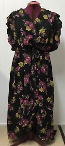 CITY CHIC - Ladies Black & Floral Print Dress - XL  (22 )