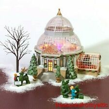 Dept 56 Christmas In The City Crystal Gardens Conservatory/Figure