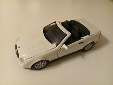 MAISTO 1996 MERCEDES BENZ SLK 230 CONVERTIBLE SUPER RARE WHITE 1:18