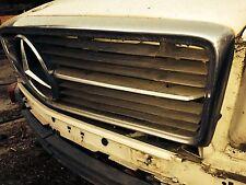 Mercedes 107 OEM Complete Early Front Grille 350SL 380SL 450SL 500SL 560SL SLC